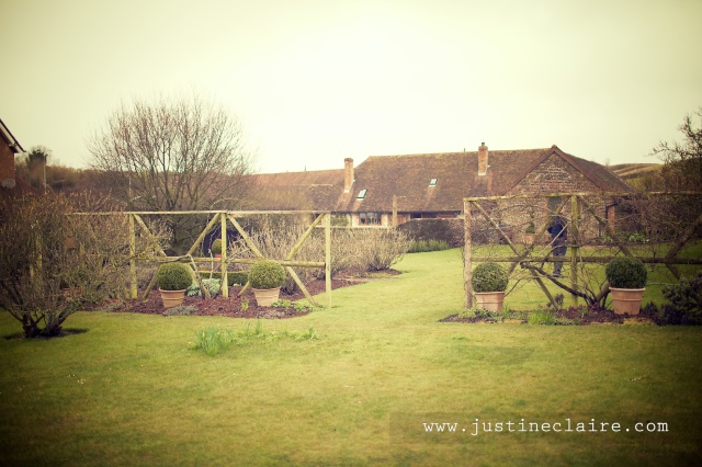 Pangdean Barn Wedding Venue - East Sussex  0101