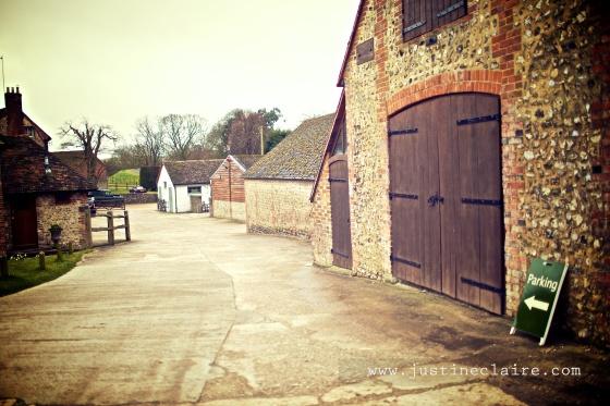 Pangdean Barn Wedding Venue - East Sussex  0107