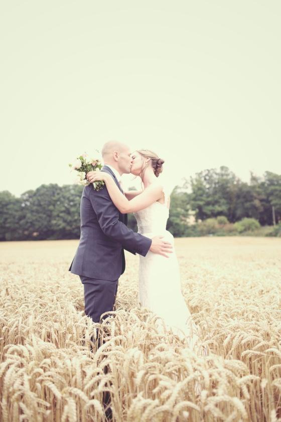 Farbridge Barns Wedding - Donna & Craig  0422