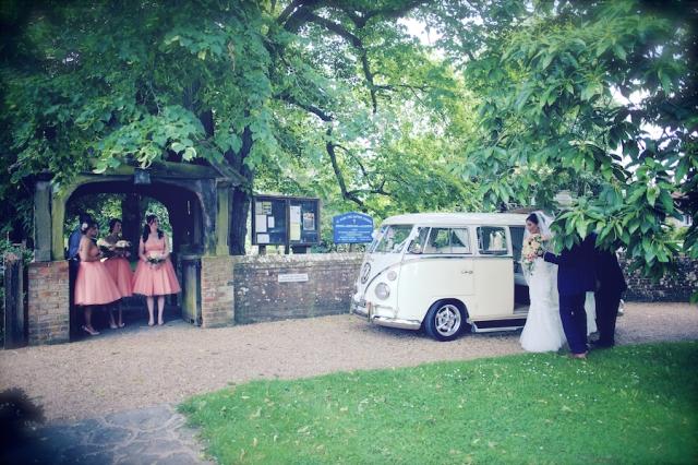 bartholomew barn wedding photographers Justine Claire 0022
