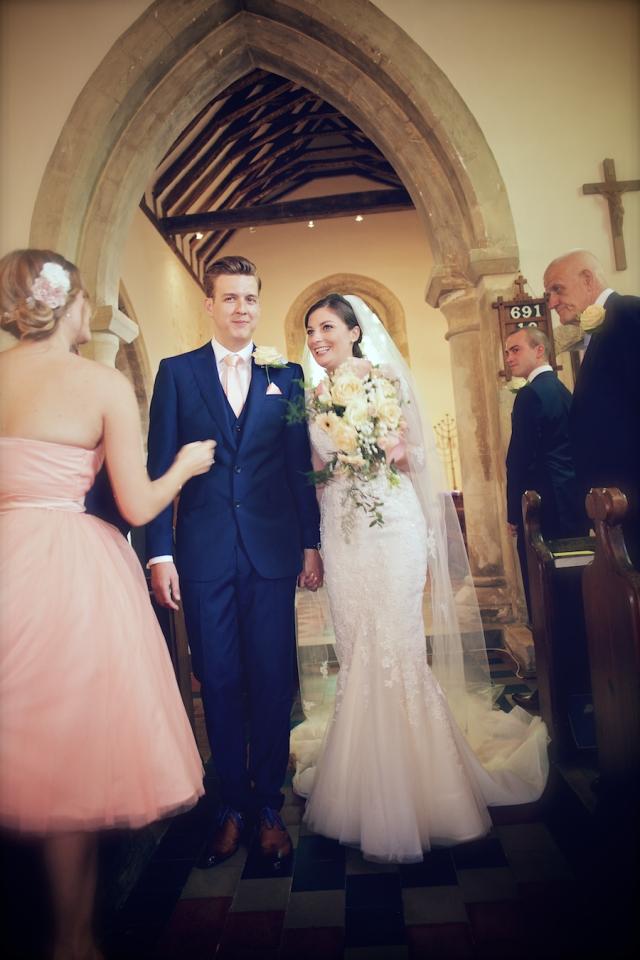 bartholomew barn wedding photographers Justine Claire 0043