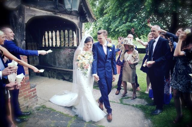 bartholomew barn wedding photographers Justine Claire 0046