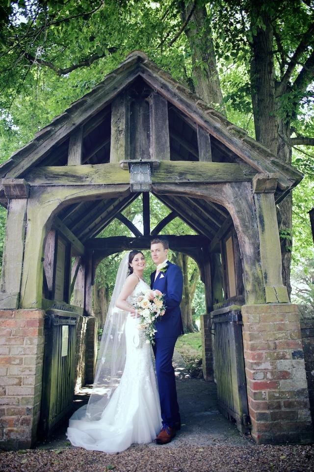 bartholomew barn wedding photographers Justine Claire 0057