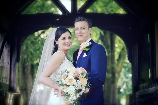 bartholomew barn wedding photographers Justine Claire 0058