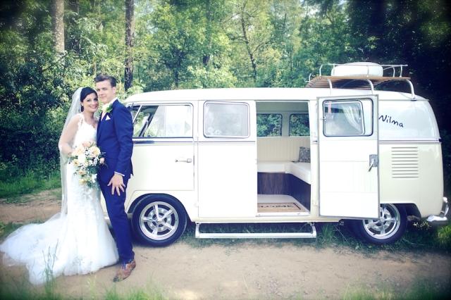 bartholomew barn wedding photographers Justine Claire 0068