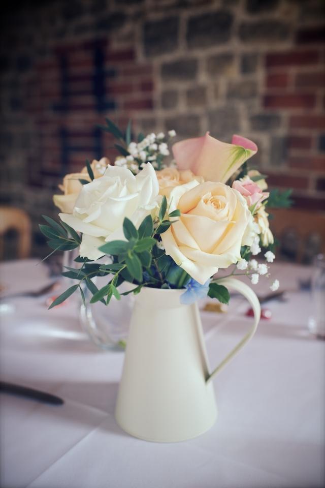 bartholomew barn wedding photographers Justine Claire 0084