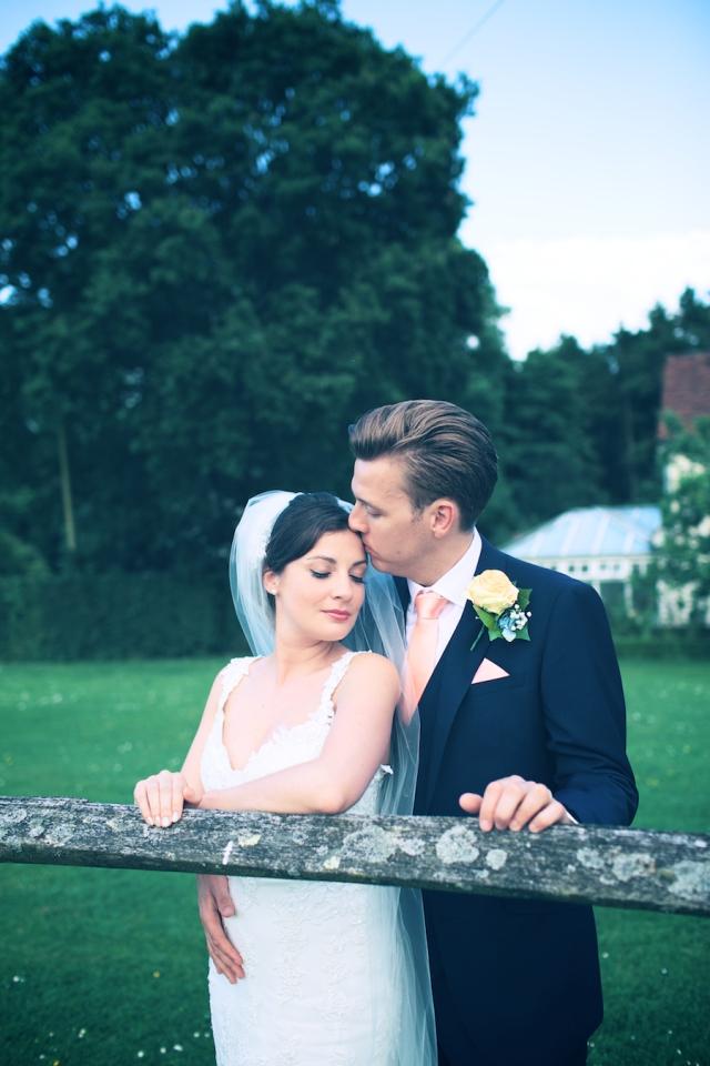 bartholomew barn wedding photographers Justine Claire 0108