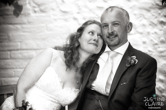 heidi Mark Southend Barns Wedding Photographers preferred suppliers Justine Claire 0642