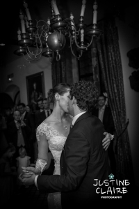 Big Kiss on the dancefloor during first dance in Amberley castle