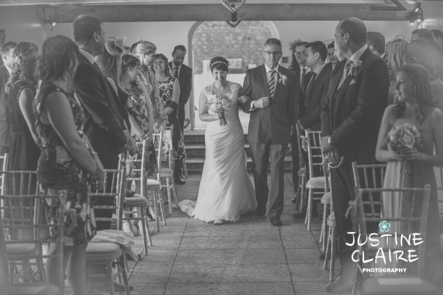 Farbridge Barn Wedding Photographers, West Sussex Wedding Photos5