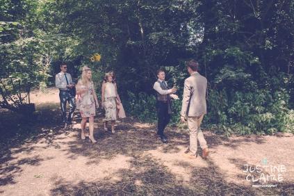 Oakwood Maedow Tinwood Lane West Sussex wedding photographers reportage female-1
