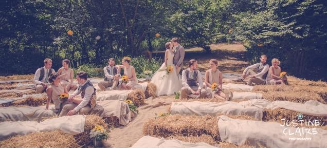 Oakwood Maedow Tinwood Lane West Sussex wedding photographers reportage female-104