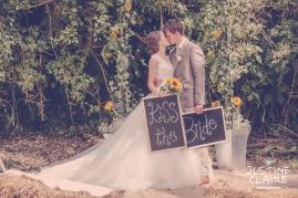 Oakwood Maedow Tinwood Lane West Sussex wedding photographers reportage female-112