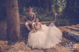 Oakwood Maedow Tinwood Lane West Sussex wedding photographers reportage female-113