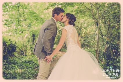 Oakwood Maedow Tinwood Lane West Sussex wedding photographers reportage female-123