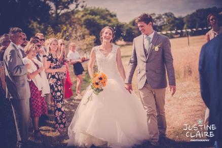 Oakwood Maedow Tinwood Lane West Sussex wedding photographers reportage female-129