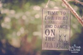 Oakwood Maedow Tinwood Lane West Sussex wedding photographers reportage female-15