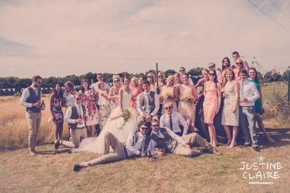 Oakwood Maedow Tinwood Lane West Sussex wedding photographers reportage female-152