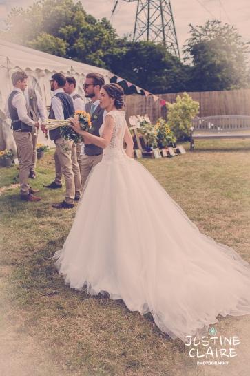 Oakwood Maedow Tinwood Lane West Sussex wedding photographers reportage female-167