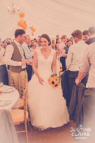 Oakwood Maedow Tinwood Lane West Sussex wedding photographers reportage female-172