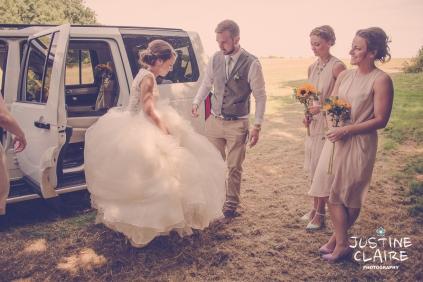 Oakwood Maedow Tinwood Lane West Sussex wedding photographers reportage female-27