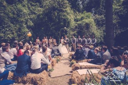 Oakwood Maedow Tinwood Lane West Sussex wedding photographers reportage female-46