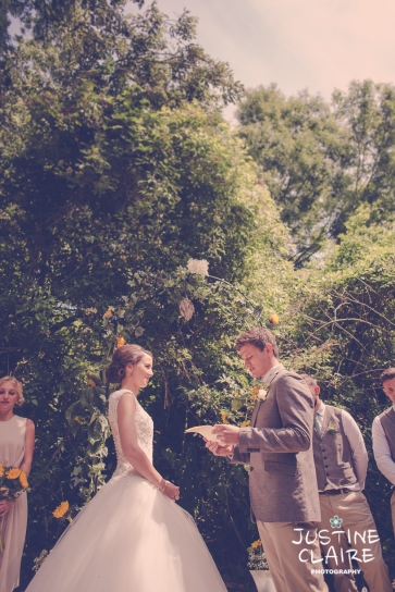 Oakwood Maedow Tinwood Lane West Sussex wedding photographers reportage female-53