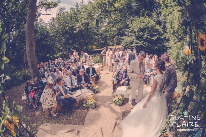 Oakwood Maedow Tinwood Lane West Sussex wedding photographers reportage female-70