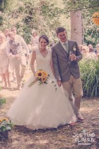 Oakwood Maedow Tinwood Lane West Sussex wedding photographers reportage female-78