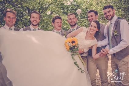 Oakwood Maedow Tinwood Lane West Sussex wedding photographers reportage female-98