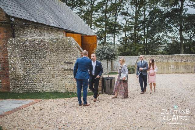 wedding photographer at Cissbury barn Findon Barn Venue Sussex reportage-10