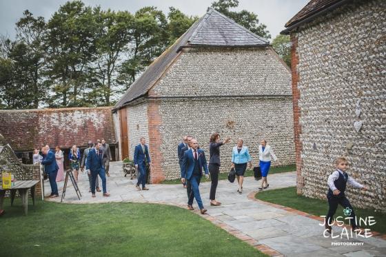 wedding photographer at Cissbury barn Findon Barn Venue Sussex reportage-11