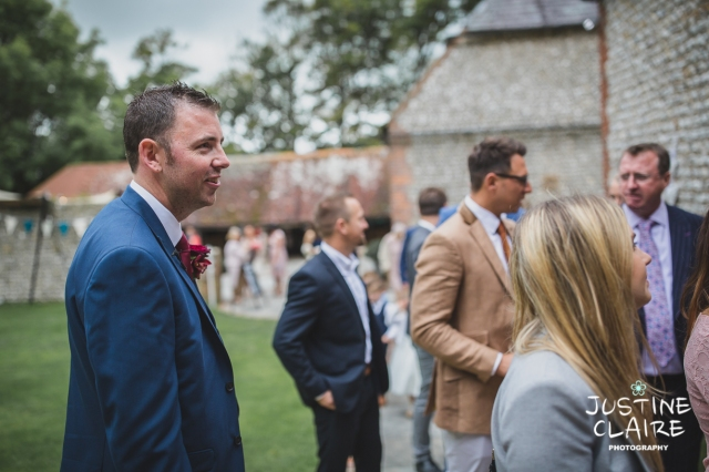 wedding photographer at Cissbury barn Findon Barn Venue Sussex reportage-13