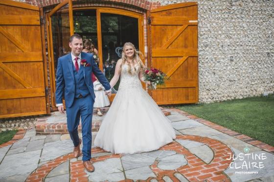 wedding photographer at Cissbury barn Findon Barn Venue Sussex reportage-32