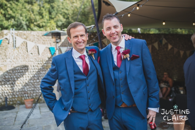 wedding photographer at Cissbury barn Findon Barn Venue Sussex reportage-78