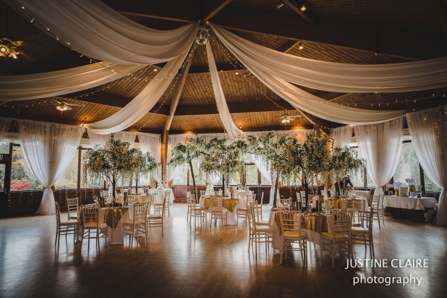 justine Claire the ravenswood sharpthorne venu wedding photographers -2