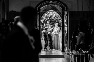 Sussex wedding photographers Angel Like Flowers bartholomew barn-33