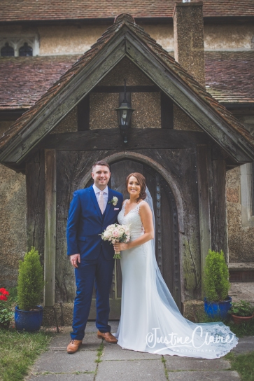 Sussex wedding photographers Angel Like Flowers bartholomew barn-53