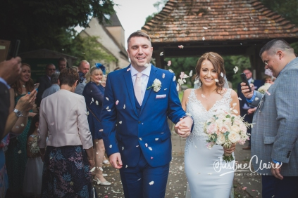 Sussex wedding photographers Angel Like Flowers bartholomew barn-61